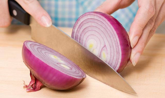 Warum weinen wir beim Zwiebeln schneiden?