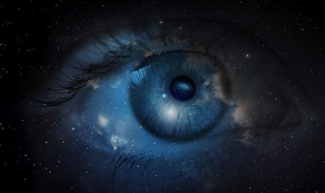Wie Aufenthalte im Weltall das Sehvermögen beeinflussen